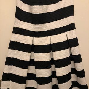 Express Pleated Sweetheart Dress
